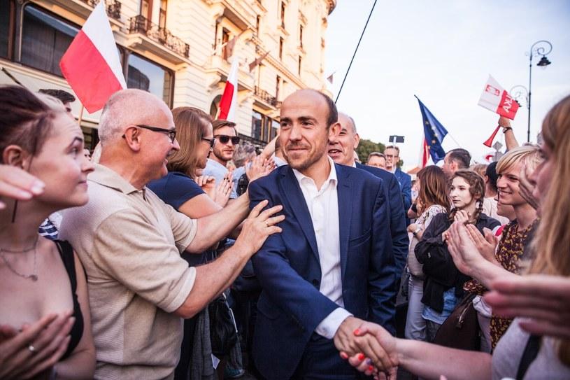 Borys Budka w tłumie protestujących /Aleksandra Szmigiel /Reporter