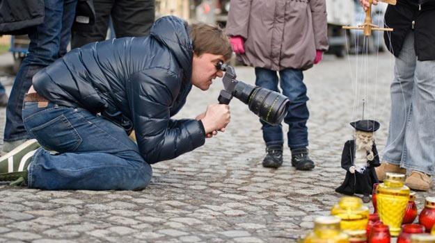 """Borys Lankosz na planie """"Ziarna prawdy"""" - fot. Tomasz Urbanek / Rewers Studio / Next Film /East News"""