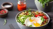Bowl z sadzonym jajem