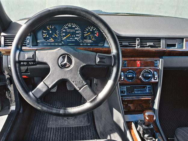 Brabus Mercedes klasy E 3.5 (W124) /Brabus