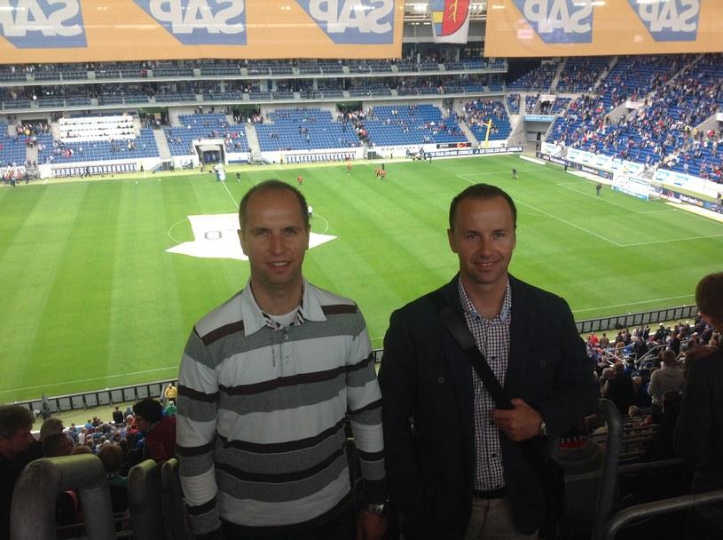 Bracia Bortnik na Rhein-Neckar-Arena przed meczem Bundesligi Hoffenheim - FC Augsburg /Informacja prasowa