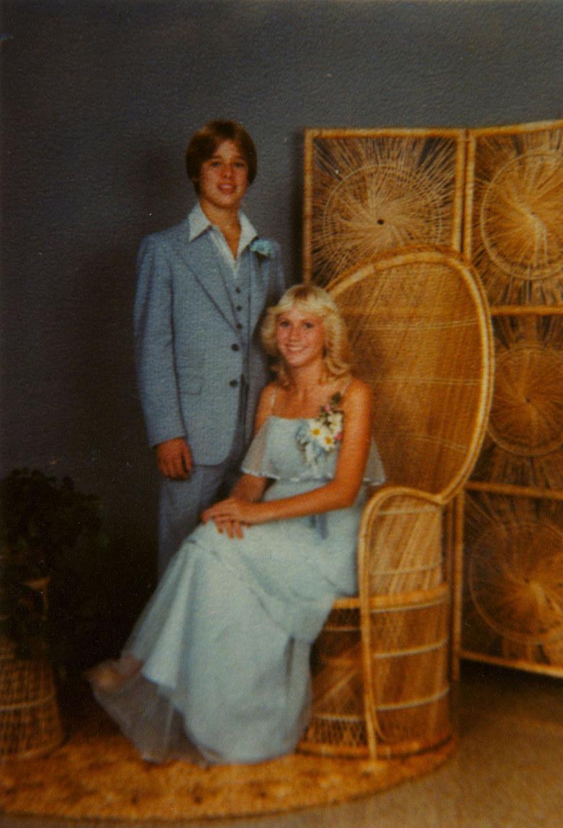 Brad Pitt i jego dziewczyna postawili na błękit /Bauer Griffin /East News