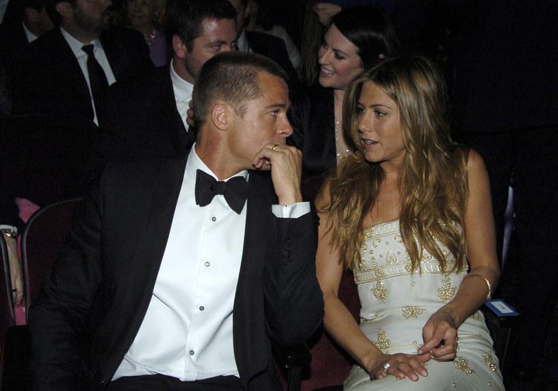 Brad Pitt i Jennifer Aniston, 2004 rok /Jeff Kravitz /Getty Images