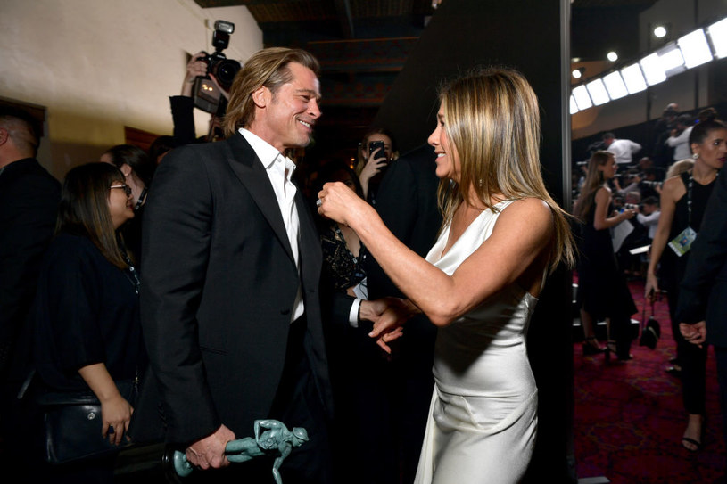 Brad Pitt i Jennifer Aniston podczas SAG Awards /Emma McIntyre /Getty Images