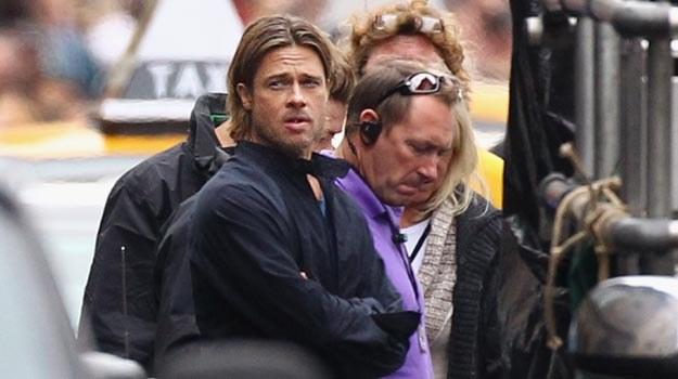 "Brad Pitt na planie ""World War Z"" - fot. Jeff J Mitchell /Getty Images/Flash Press Media"