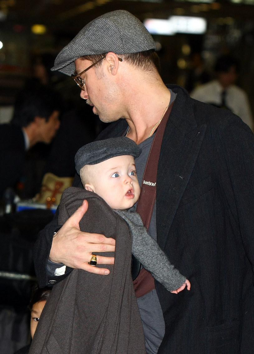 Brad Pitt z synem /Junko Kimura /Getty Images