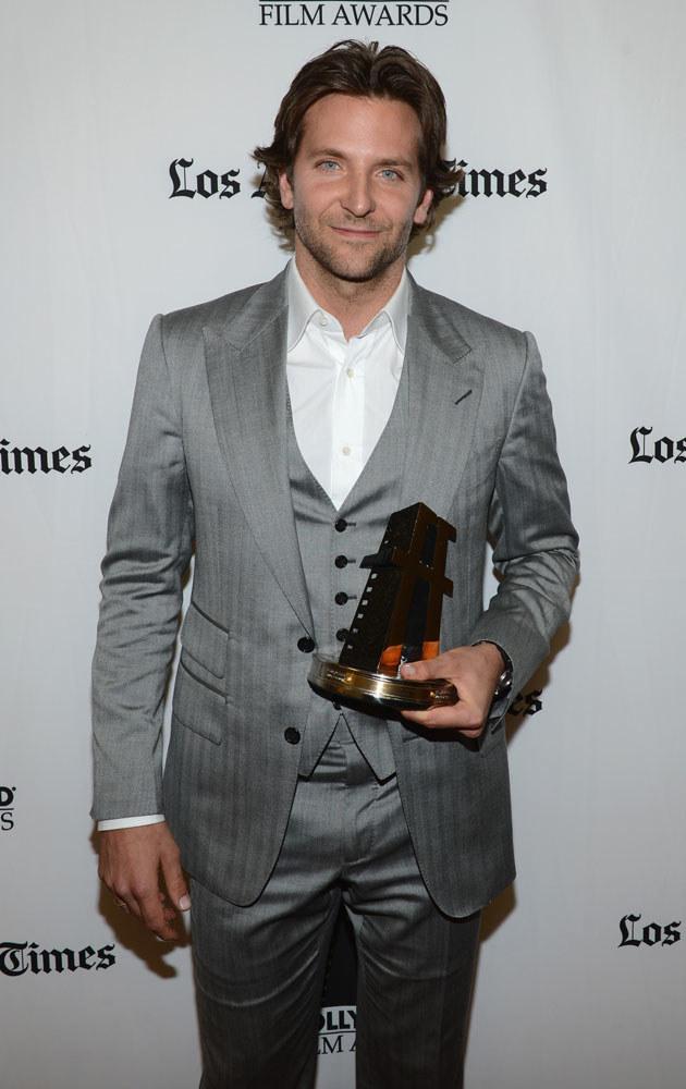 """Bradley Cooper w 2011 roku został uznany najseksowniejszym mężczyzną świata według magazynu """"People"""" /Michael Buckner  /Getty Images"""