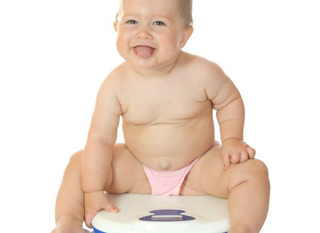 Brak rodzeństwa może powodowadź otyłość! /123RF/PICSEL