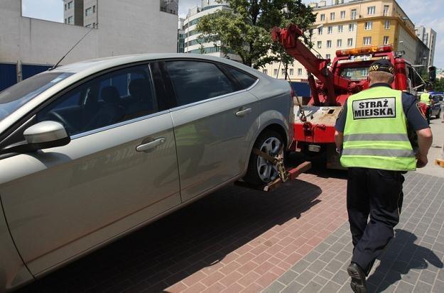 Brak samochodu? To mogła być straż miejska... / Fot: Stanisław Kowalczuk /East News