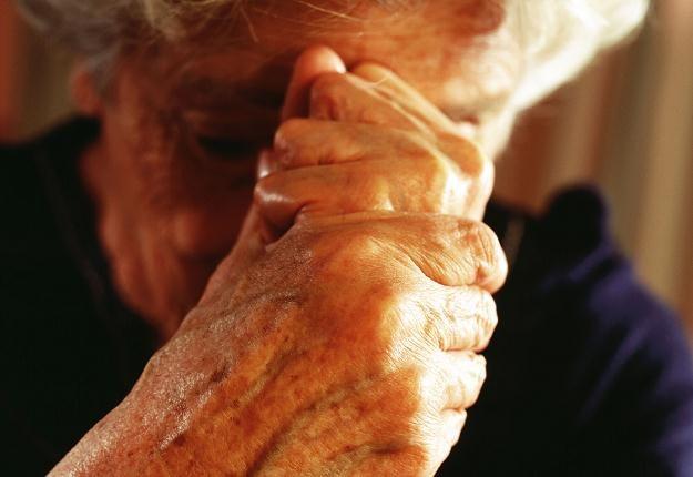 Brakuje opiekunów osób starszych /© Bauer