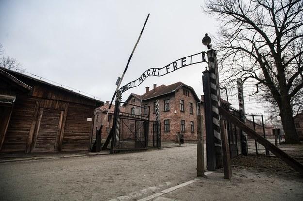 Brama obozu Auschwitz /Jan Graczyński /East News