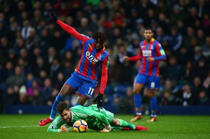 Bramkarz West Bromwich Albion Ben Foster i Wilfried Zaha z Crystal Palace /Getty Images