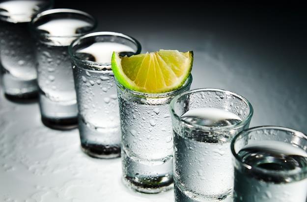 Branża alkoholowa w naszym kraju tonie w długach /©123RF/PICSEL