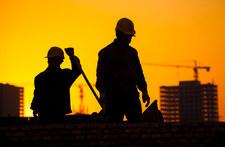 Branża budowlana alarmuje: Wyhamowywanie inwestycji wywoła wyniszczającą wojnę cenową