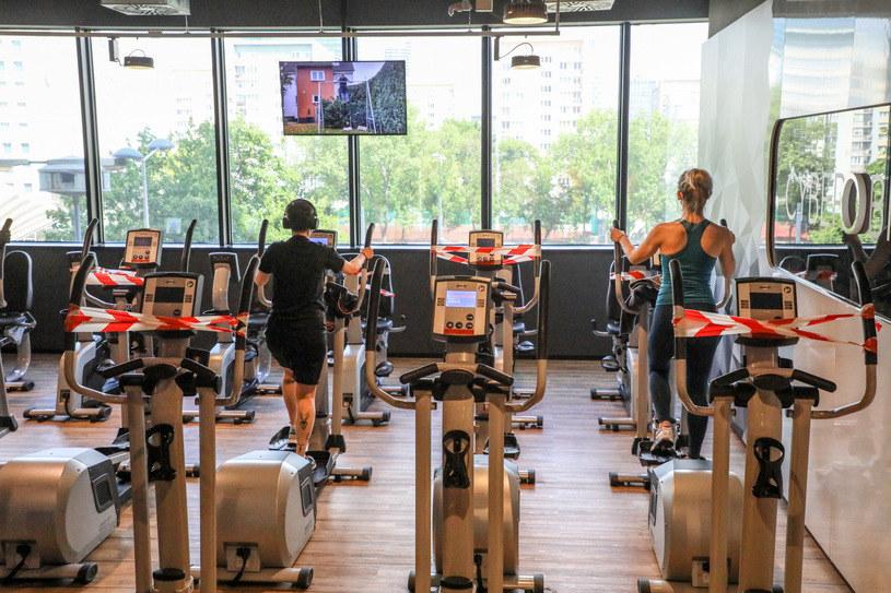 """Branża fitness o słowach Gowina: """"Test cierpliwości zdaliśmy wzorowo"""" / Jakub Kamiński    /East News"""