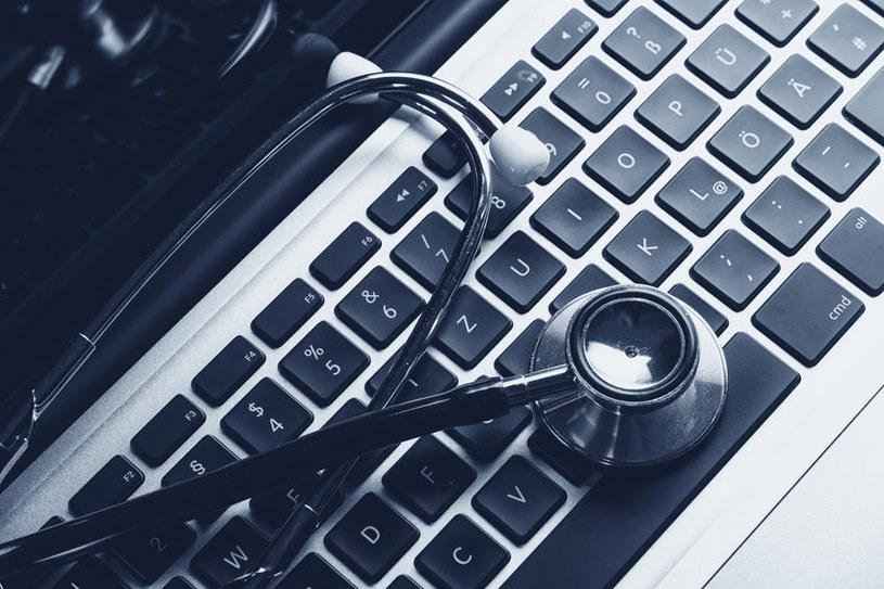 """""""Branża medyczna jest najbardziej lukratywnym biznesem w świecie hakerów"""" /123RF/PICSEL"""