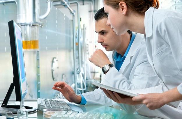 Branże ICT, chemiczna i lotnicza należą do najbardziej innowacyjnych w naszym kraju /123RF/PICSEL