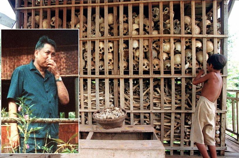 """""""Brat nr 1"""" Pol Pot, przywódca Czerwonych Khmerów, na tle sszczątków ofiar jego reżimu /AFP"""