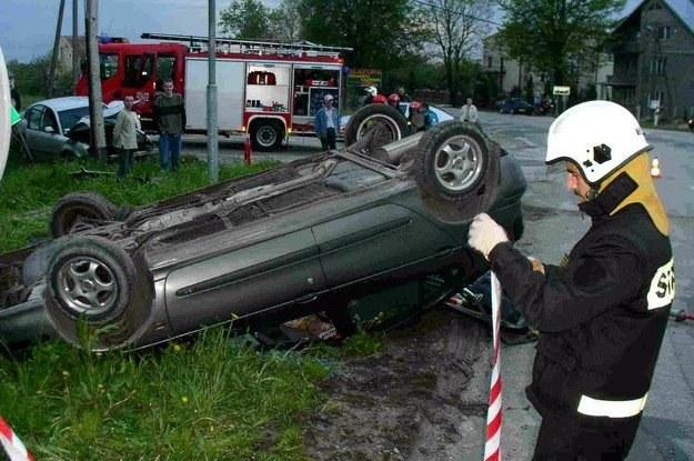 Brawura i nadmierna prędkość to wg policji główna przyczyna wypadków /