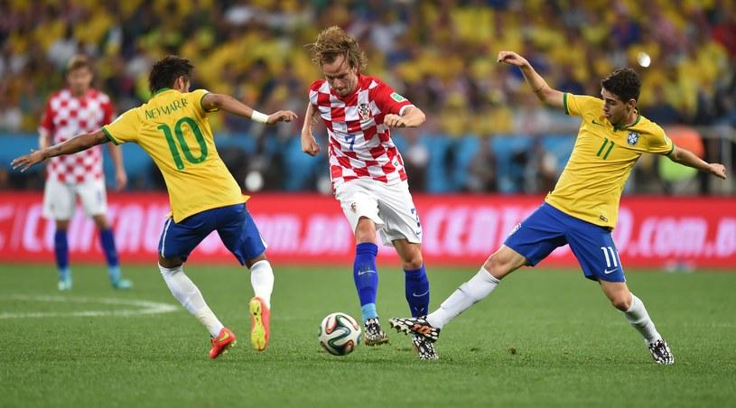 Brazylia na otwarcie mundialu wygrała z Chorwacją 3-1 /AFP