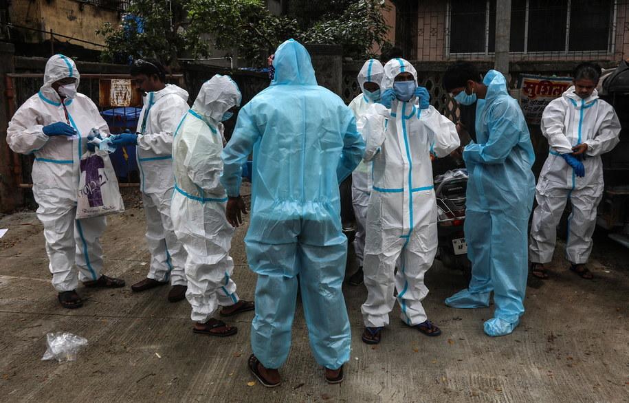 Brazylia: Nowy rekordowy wzrost liczby zakażonych /DIVYAKANT SOLANKI /PAP/EPA