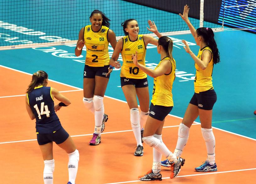 Brazylijki cieszą się z sukcesu w meczu z Serbkami /AFP