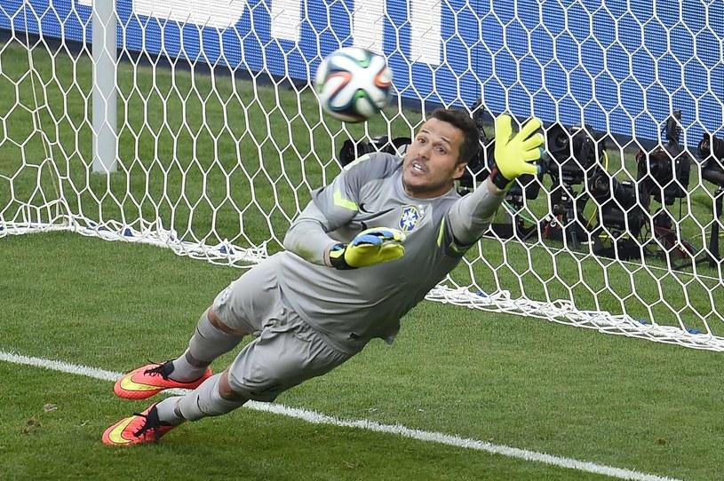 Brazylijski bramkarz Julio Cesar /AFP