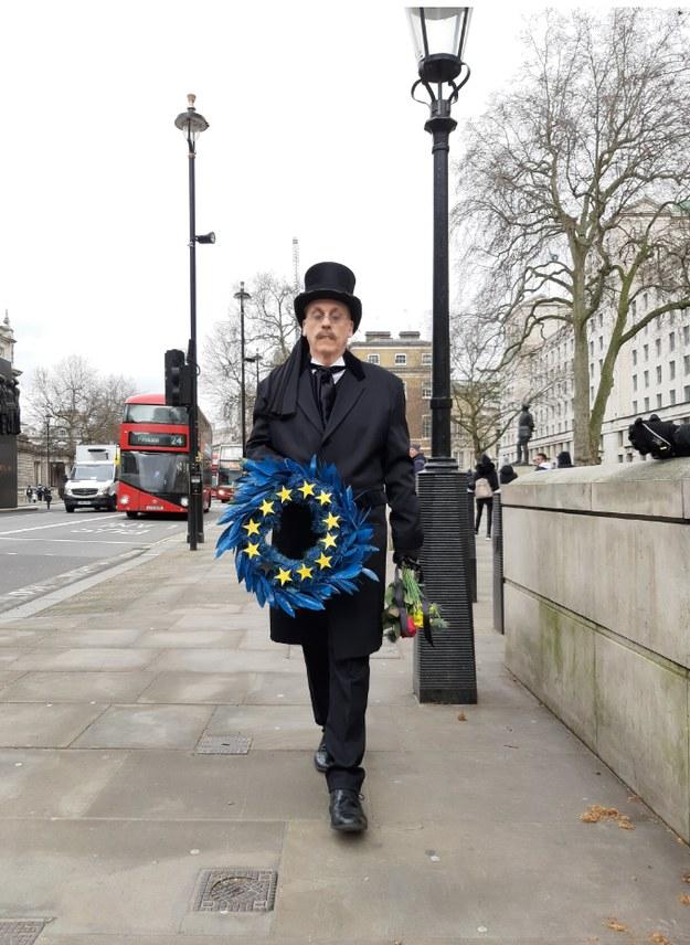 Brexit dzieli się na dwie różne połowy - żalu i radości /Bogdan Frymorgen /RMF FM