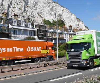 Brexit na twardo? Kierowcy ciężarówek muszą liczyć się z