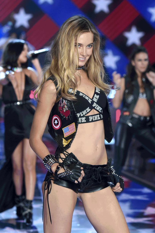 Bridget Malcolm na pokazie Vctoria's Secret 2015 /Getty Images