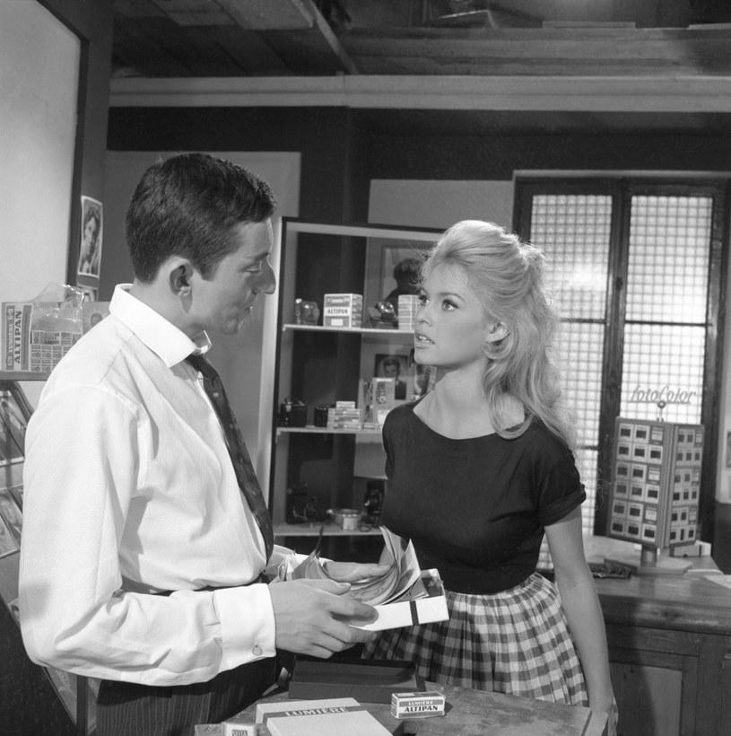 Brigitte Bardot uwielbiała kratkę vichy /Universum Film /East News