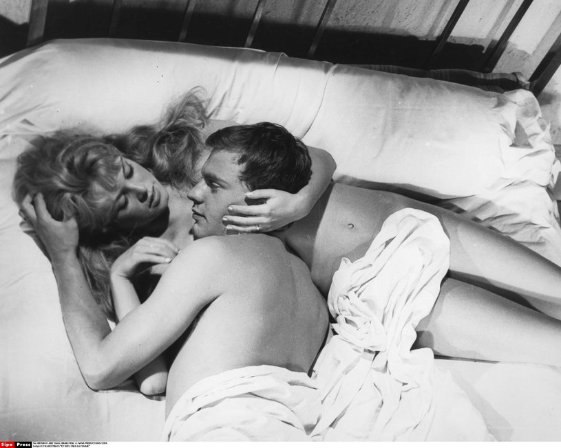 """Brigitte Bardot w filmie """"I Bóg stworzył kobietę"""" /NANA PRODUCTIONS/SIPA /East News"""