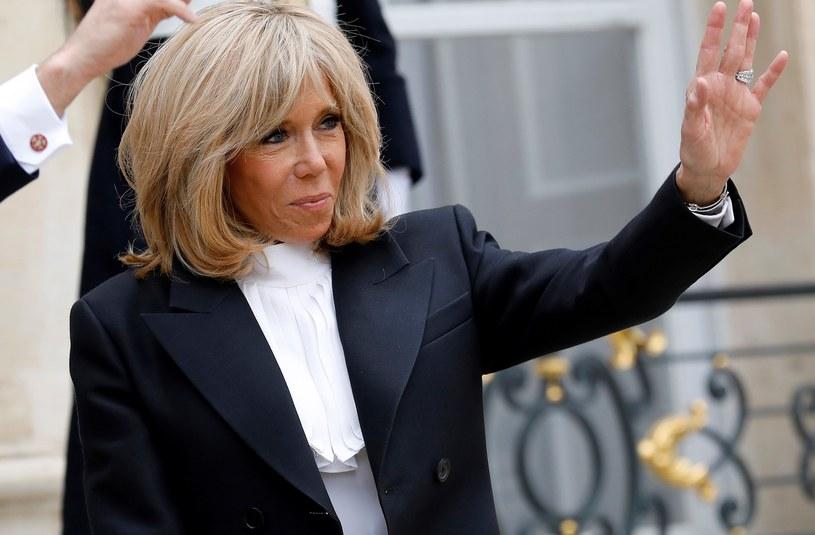 Brigitte Macron. Pierwsza dama nosi biżuterię. Chętniej srebrną niż złotą /Getty Images