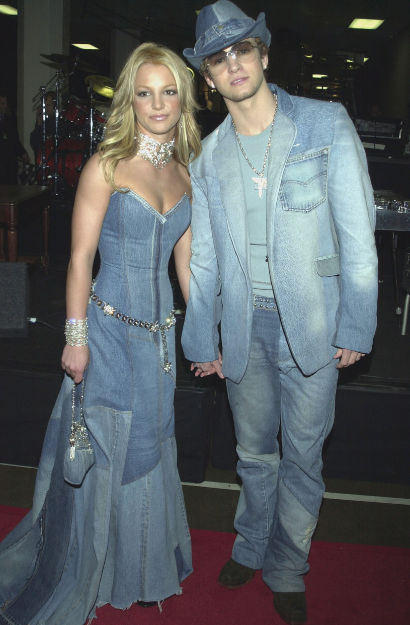 Britney Spears i Justin Timberlake w jeansowych kompletach /Frank Trapper/Corbis via Getty Images /Getty Images