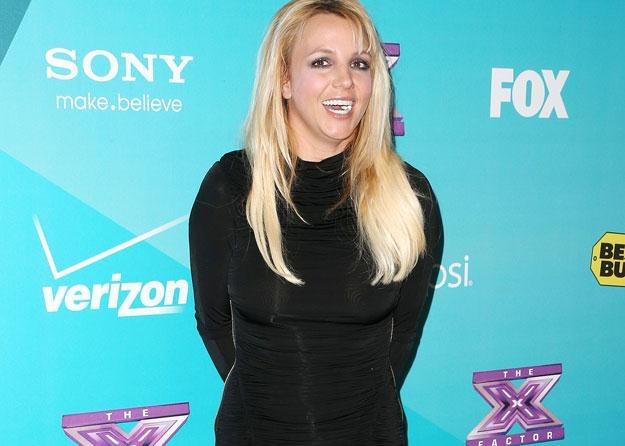 Britney Spears nie chce pokazać dłoni? fot. Frederick M. Brown /Getty Images/Flash Press Media