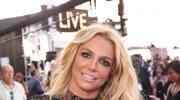 Britney Spears tańczy z pluszowym wężem do utworu Billie Eilish