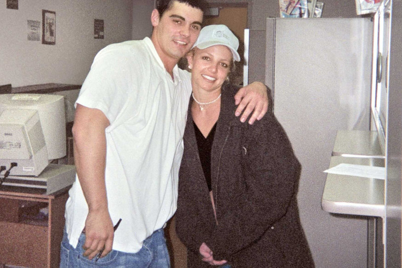 Britney Spears z byłym mężem,  Jasonem Alexandrem /East News