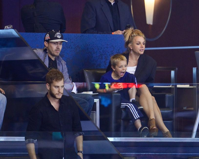 Britney Spears z narzeczonym i synem /Noel Vasquez /Getty Images