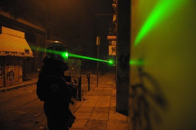 Bronią laserową zainteresowane jest nie tylko wojsko /AFP