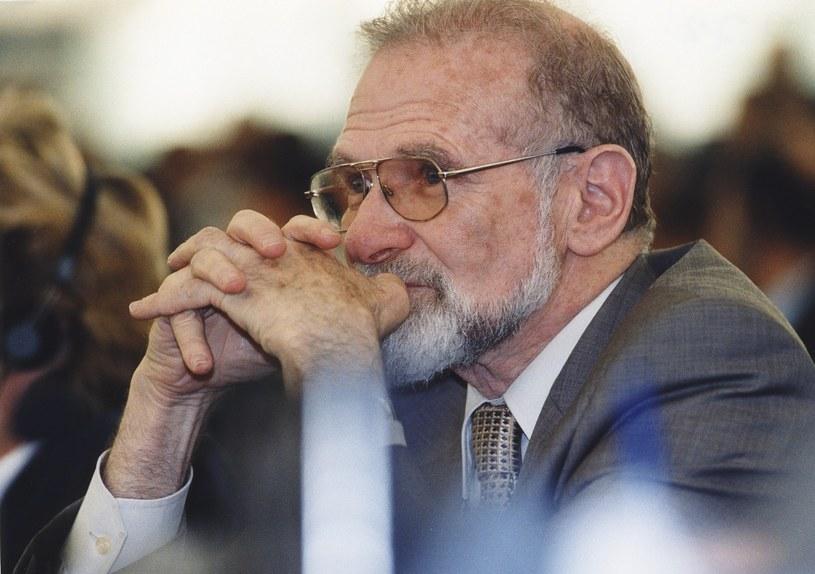 Bronisław Geremek zginął tragicznie w 2008 r. /East News