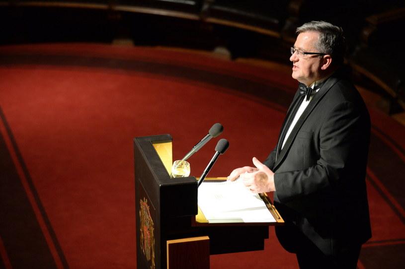 Bronisław Komorowski podczas oficjalnej wizyty w Hamburgu /Jacek Turczyk /PAP