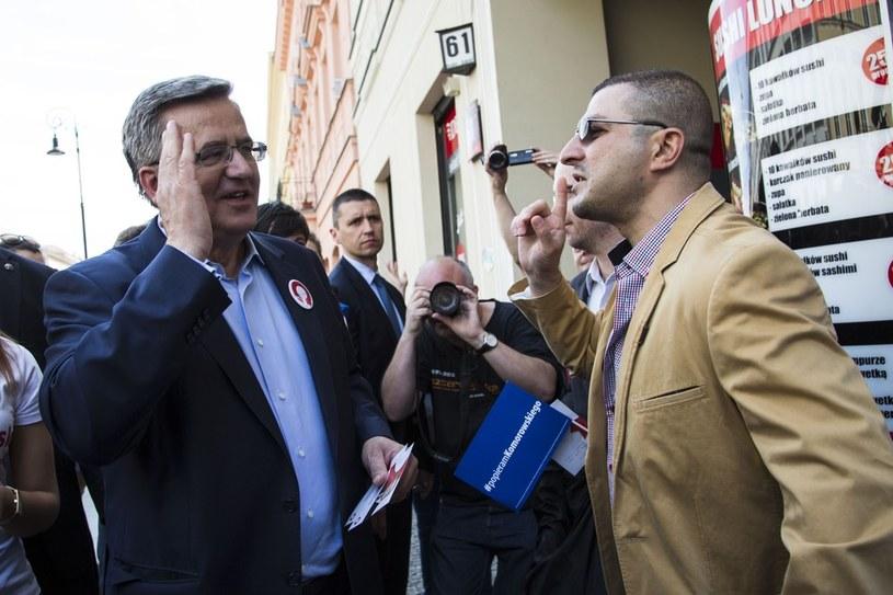 Bronisław Komorowski podczas spotkania z wyborcami /Andrzej Hulimka  /Reporter
