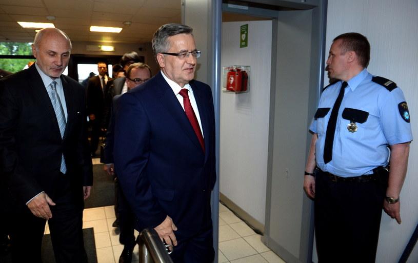Bronisław Komorowski w siedzibie TVN /Paweł Supernak /PAP