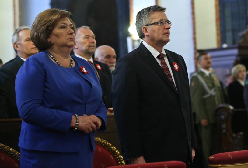 Bronisław Komorowski wraz z małżonką /Rafał Guz /PAP
