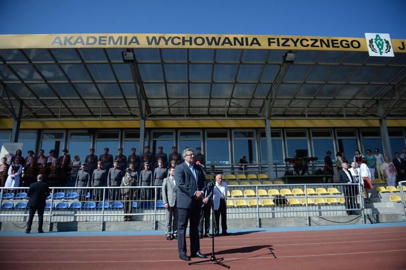 """Bronisław Komorowski wziął udział w inauguracji marszu """"AWF Warszawa - Sulejówek"""" /Jacek Turczyk /PAP"""