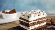 Brownie po polsku z likierem oraz śmietaną