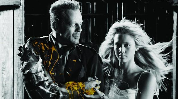 """Bruce Willis i Jessica Alba w filmie """"Sin City - Miasto Grzechu"""" /materiały dystrybutora"""
