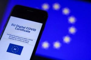 Bruksela chce wprowadzić paszport sanitarny