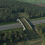Bruksela przyjrzy się autostradzie i poszuka korzyści u polskiego miliardera
