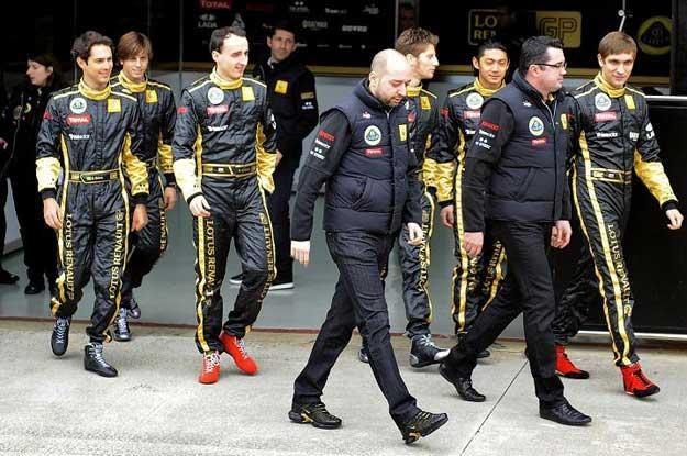 Bruno Senna pierwszy z lewej. Drugi z lewej Romain Grosjean /INTERIA.PL